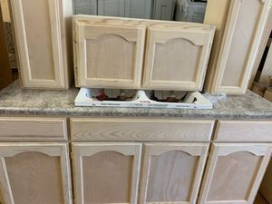 6ft base & wall kitchen cabinets for Sale in Malibu, CA