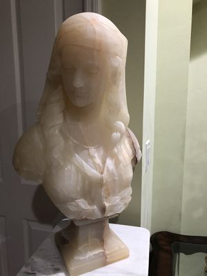 Marble statue, sculpture. Onyx bust. for Sale in Miami, FL
