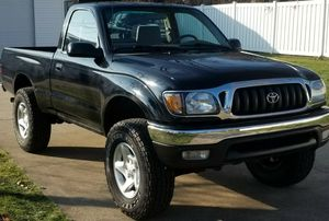 2001 Toyota Tacoma 2-Dr Truck for Sale in Laredo, TX
