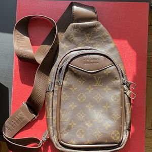 louis vuitton bag for Sale in Los Angeles, CA