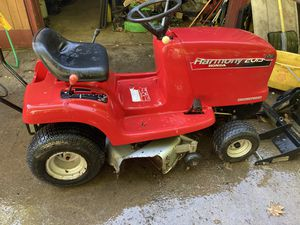 Lawn tractor for Sale in Evans City, PA