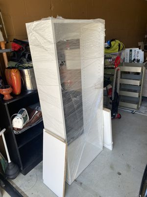White bookcase for Sale in Cardiff, CA