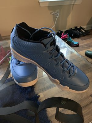 Jordan 9 low Pantone size 13 for Sale in Atlanta, GA
