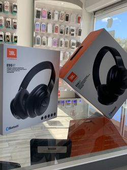 Jbl Wireless Bluetooth Headphones For $99.99 for Sale in Sanford,  FL