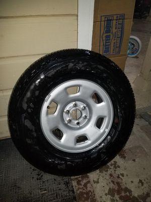 Stock rims with tire for 2019 Colorado for Sale in Stockton, CA