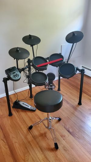 ELECTRONIC DRUM SET for Sale in South Windsor, CT