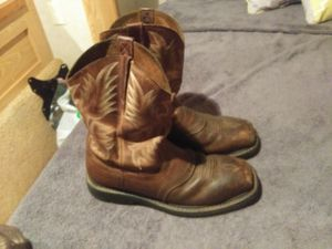 Ariat square toe boot for Sale in Rose Bud, AR
