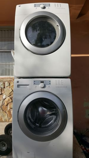 KENMORE ELITE FRONT LOAD WASHER AND DRYER for Sale in Miami, FL