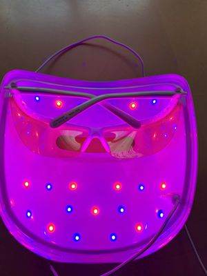 Neutrogena light therapy face mask for Sale in Vancouver, WA