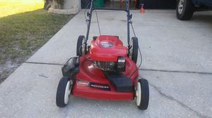 Toro lawn mower for Sale in Kissimmee, FL