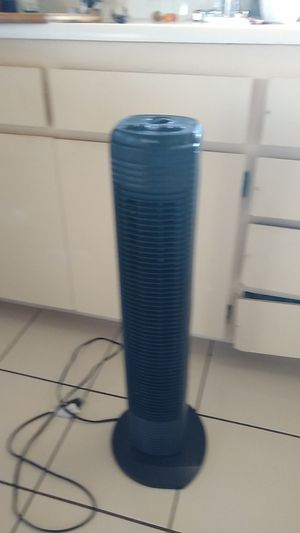 3ft tower fan, 3 speeds with timer, holmes, ge, Honeywell, bionaire for Sale in San Diego, CA