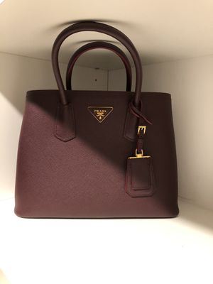Prada Medium Double Tote - authentic for Sale in Walled Lake, MI