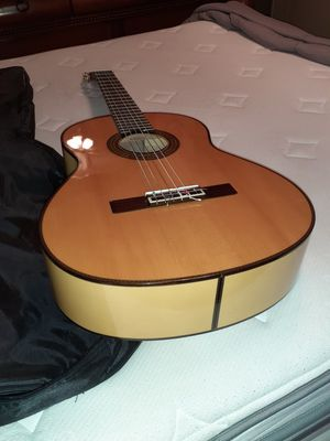 Yamaha classical guitar CG 171 SF for Sale in Angier, NC