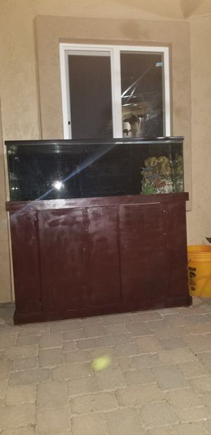 Fish tank for Sale in Goodyear, AZ