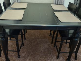 5 Piece Dining Room Table Set for Sale in Wenatchee,  WA
