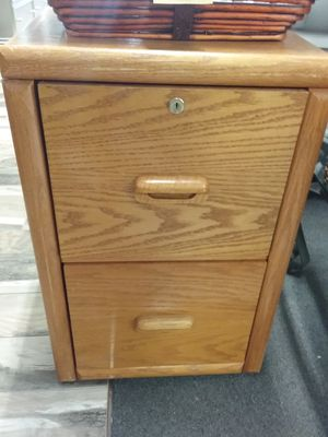 Small 2 Drawer Filing Cabinet $30 for Sale in Warminster, PA