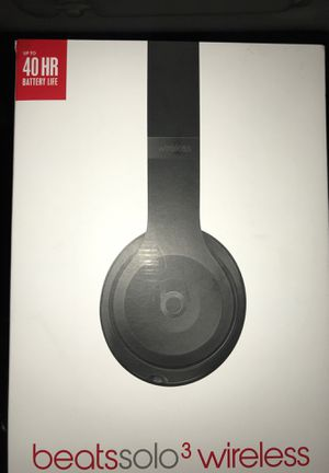 Beats solo 3s wireless headphones for Sale in Nashua, NH