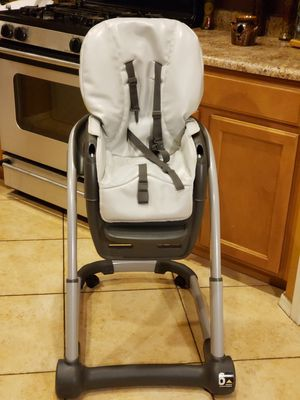 GRACO BLOSSOM HIGH CHAIR for Sale in Tempe, AZ