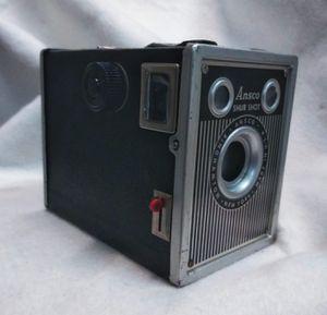 VINTAGE Ansco Shur-Shot Box camera for Sale in Dallas, TX