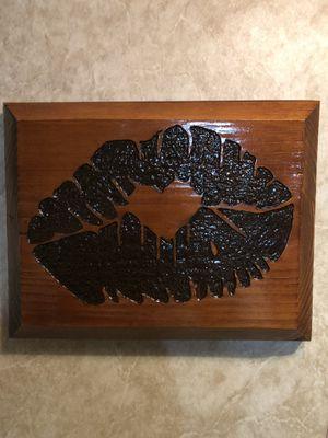 Wood Frame Kiss for Sale in Clarksburg, WV