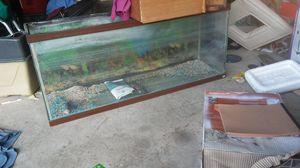 55 gallon fishtank pet home aquarium no damage for Sale in Columbus, OH