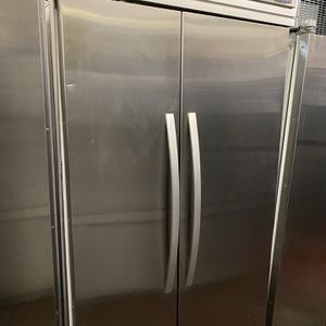 KitchenAid 42in Built-In (no dispenser) for Sale in Imperial Beach, CA