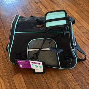 Brand New Pet Carrier for Sale in Pomona, NY