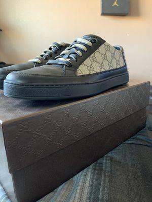 Gg supreme tan formal sneakers Gucci for Sale in Perris, CA