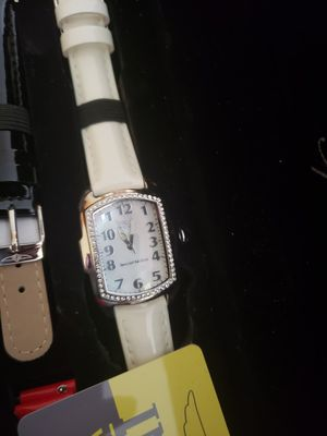 New Quartz Invicta Lupa Woman's Watch *Needs a battery* for Sale in Deerfield Beach, FL