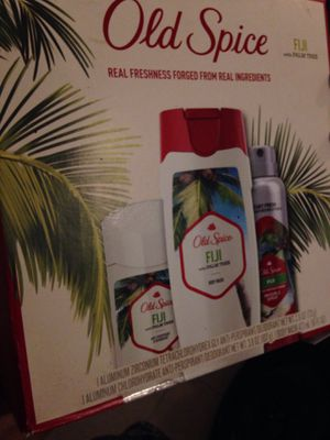 New shower pack old spice never used for Sale in Town 'n' Country, FL