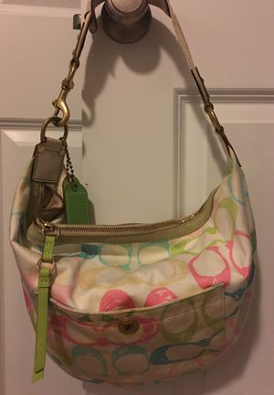 Large Coach pink/blue/green/beige hobo purse bag for Sale in Clackamas, OR