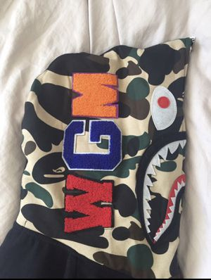 Bape Hoodie for Sale in Fairview Heights, IL