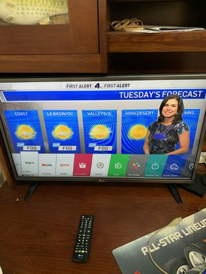 LG 32 inch smart TV for Sale in Los Angeles, CA