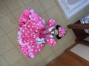 Disney: NEW (size 5/6) Minnie Mouse Outfit for Sale in Chippewa Falls, WI
