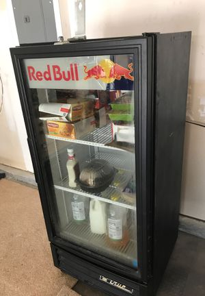 Cooler mini fridge works great. for Sale in Nashville, TN