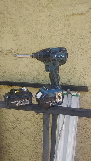 Makita impact drill w/ xtra battery for Sale in Fremont, CA