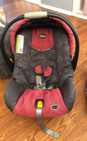 Car seat and base for Sale in Gaithersburg, MD
