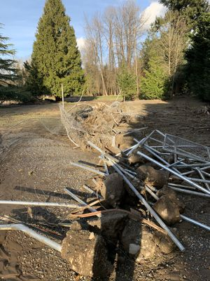 Free steel. for Sale in Maple Valley, WA