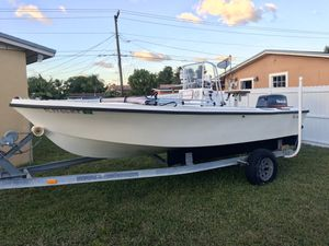 Classic Mako 17 / center console / open fisherman for Sale in Miami Gardens, FL