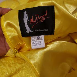 macduggal dress, size 10 for Sale in Phoenix, AZ