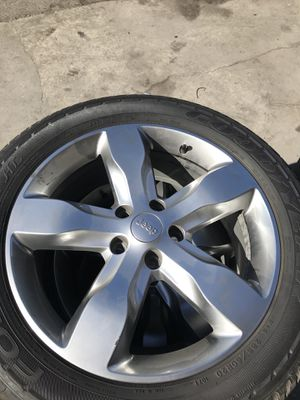 Jeep Grand Cherokee wheels/tires for Sale in Fresno, CA