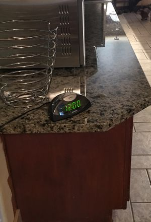 Alarm clock for Sale in Lynnwood, WA
