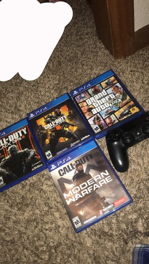 4 games For PS4 And ps4 controller for Sale in Wichita, KS