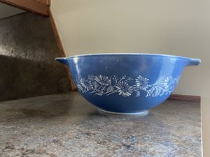 Vintage Pyrex Bowl for Sale in Vancouver, WA