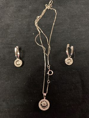 10k chain with diamond pendant and diamond earring set for Sale in Chicago, IL