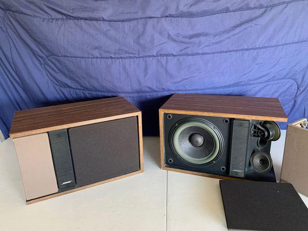 Bose Bookshelf 301 Series II Speakers