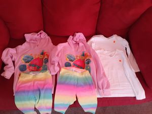 Located in Palmdale California size 4 + 4t items starting app $0.75 $1 and $2 for Sale in Palmdale, CA