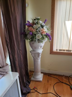 Artificial plant, Ceramic pot and stand for Sale in Queens, NY