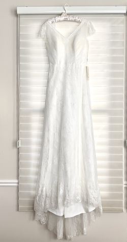 Elegant Wedding Dress - New with Tags for Sale in Los Altos,  CA