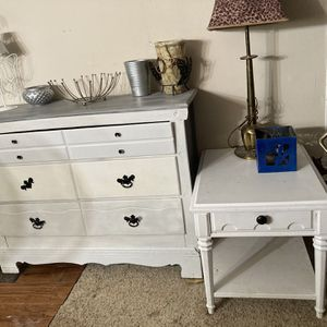 ANTIQUE 3 Drawer Dresser & End Table/Nightstand $150 for Sale in Fresno, CA